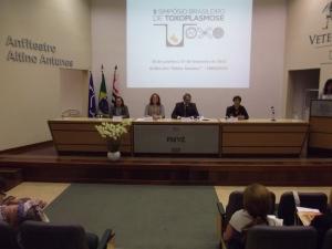 II Simpósio Brasileiro de Toxoplasmose - a medicina veterinária e a humana andando juntas.